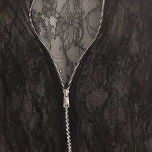 ♠️ Zara beautiful lacie light jacket